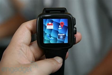 Omate Smartwatch omate truesmart smartwatch is also a phone incorporates fleksy keyboard on