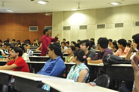 Dhirubhai Ambani Mba College by Dhirubhai Ambani Institute Of Information And