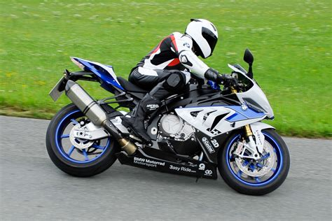 Erstes Motorrad Supersportler by Bmw Motorrad Bringt Erstes Kurven Abs F 252 R Supersportler