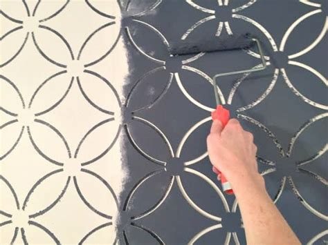 Easy Bedroom Makeover painting a wallpaper look using the fuji allover stencil