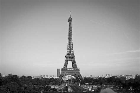 imagenes a blanco y negro de la torre eiffel fotos exclusivas par 237 s la ciudad de la luz en blanco y