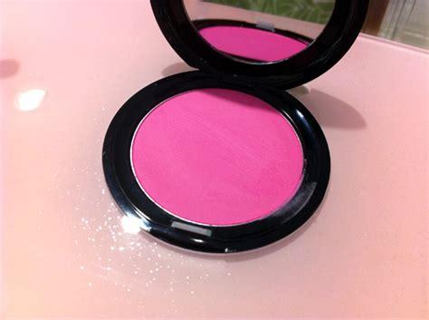 stila custom color blush stila faced and thebalm a wednesday sephora swatch o