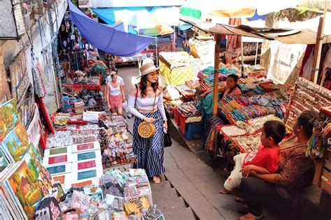 Shop Indonesia shopping what to find in ubud market bali indonesia sheiloves