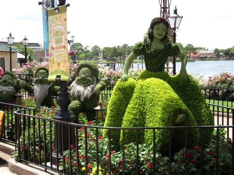 2015 Epcot Flower And Garden Festival Wdwthemeparks 2015 Epcot Flower Garden Festival Photos Topiaries