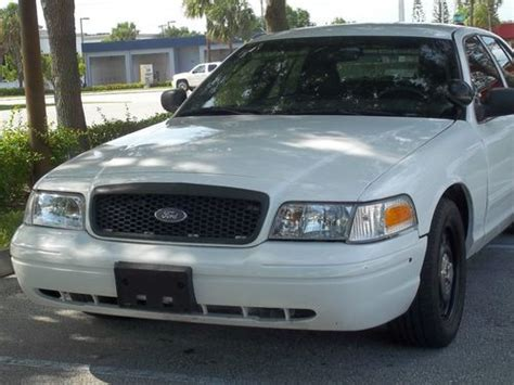 all car manuals free 2009 ford crown victoria security system buy used 2009 ford crown victoria police interceptor sedan low miles led s strobes in