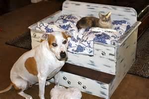 selbstgebaute betten top 10 ways to repurpose furniture for your pet top