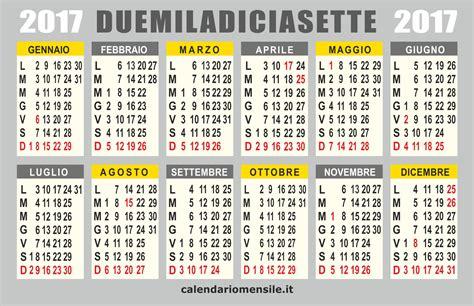 Calendario 2018 Italiano Con Festività Calendario 2017 Calendario Vettoriale
