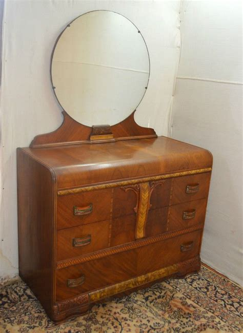 Deco Dresser With Mirror by Deco Waterfall Style Dresser Vanity With Mirror