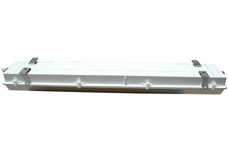Class 1 Div 2 Light Fixtures Larson Electronics Releases A Class 1 Division 2 Fluorescent Light Fixture With A Neoprene