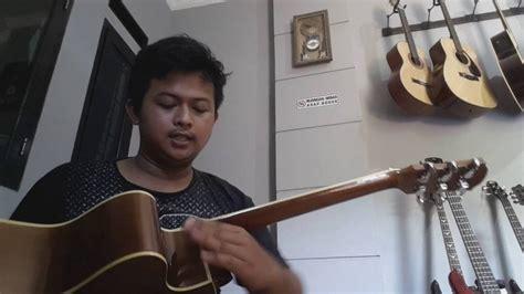 tutorial cara bermain gitar akustik tutorial service gitar cara memasang pin strap pada