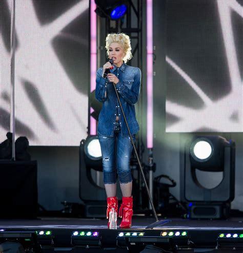 Gwen Stefani On Jimmy Kimmel by Gwen Stefani S Live For Make Me Like You