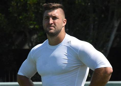 What Is Tim Doing Now by Everything You Need To About Tim Tebow S Mlb Tryout
