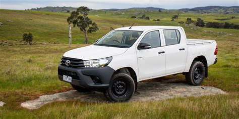 toyota a 2016 toyota hilux workmate 4x4 review caradvice