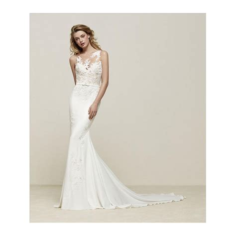 Sweetheart Wedding Dress by Pronovias Drenoa Sweetheart Neckline With Lace Illusion