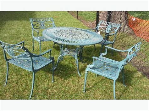 heavy duty iron patio table and 4 chairs saanich victoria