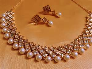Jewelry Designer 4 Least Expensive Yet Worthy Rakhi Return Gifts For