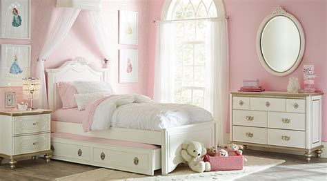 Princess Bedroom Set by Disney Princess Bedroom Furniture Sets