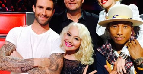 voice contestant raelynn woodward marries longtime raelynn makes a bold return to the voice bald hairstyles
