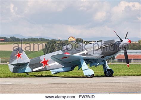 yakovlev yak 3 wwii russian fighter plane smallest and