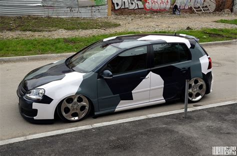Cool camouflage Vinyl for VW Golf 5   Cars One Love