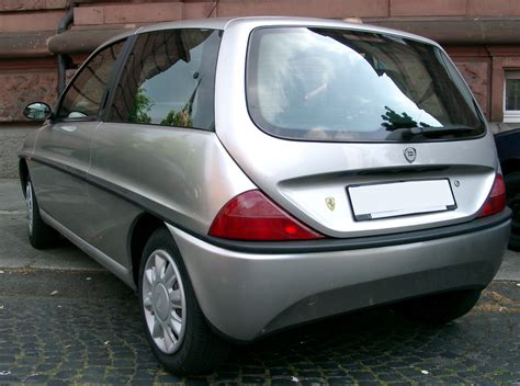 file lancia y rear 20070523 jpg wikimedia commons