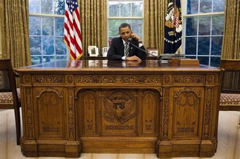 Obama Oval Office Desk The Desk With President Obama Invisible Children