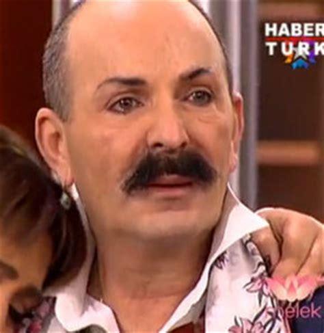 cemil İpekçi canlı yayında gözyaşlarına boğuldu