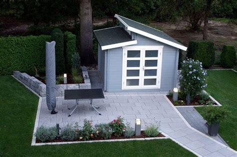 terrasse grau gartenhaus grau wei 223 moderner gartentrend mit stil