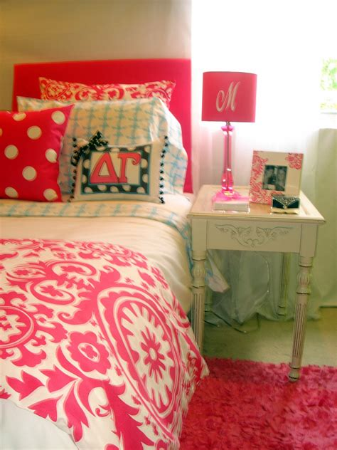 hot pink coverlet hot pink damask bedding images