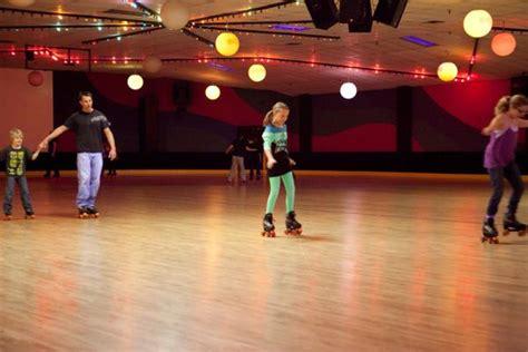 Karas  Ee  Party Ee    Ee  Ideas Ee   Neon Roller Skate Disteen Tween Th