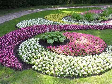 how to design a flower garden saulain范 ap蠕eldinimo darbai ap蠕eldinimo projektavimas