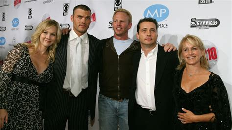 beverly hills 90210 original cast of now where is the cast of beverly hills 90210 now