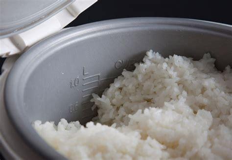 Wadah Rice Cooker bagaimana mencegah nasi berkerak di dalam rice cooker