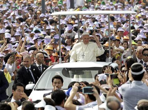 consolato coreano corea un milione di fedeli alla messa papa corriere it