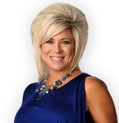thersa caputllo is that real hair are mediums real the long island medium theresa caputo