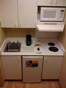 modelos de cocinas peque 241 as para casas peque 241 as infonavit pinterest small kitchens