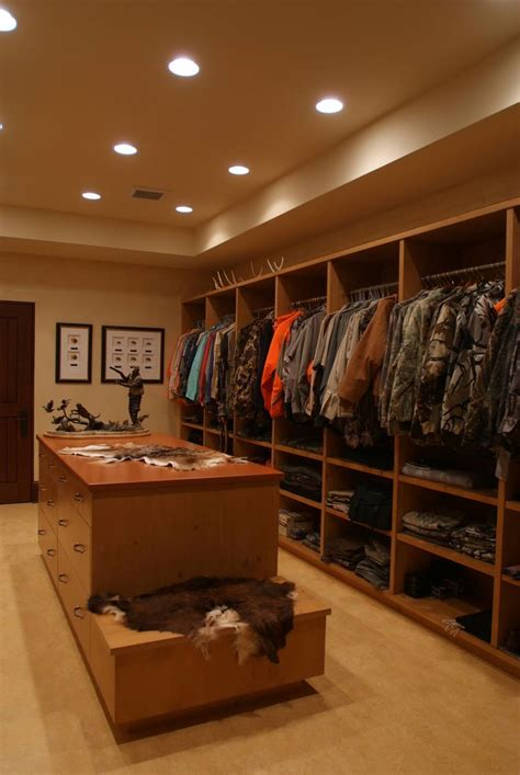 hunting bedroom ideas 25 best ideas about hunting rooms on pinterest hunting bedroom hunting and man