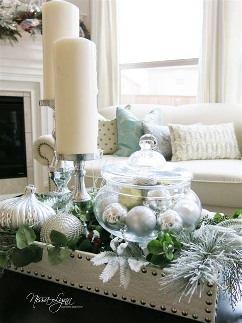 coffe table decor nissa lynn interiors holiday coffee table decor