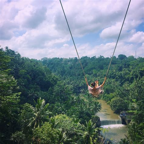swinging in asia how to ride the ubud swing at zen hideaway