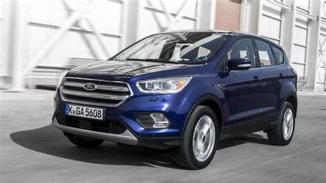 new ford kuga 2018 2018 ford kuga review top gear