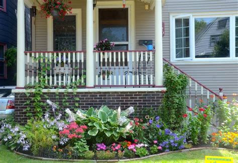 Formal Front Yard Landscaping Ideas - everyday garden everyday gardener raise your garden musings on the seedier side