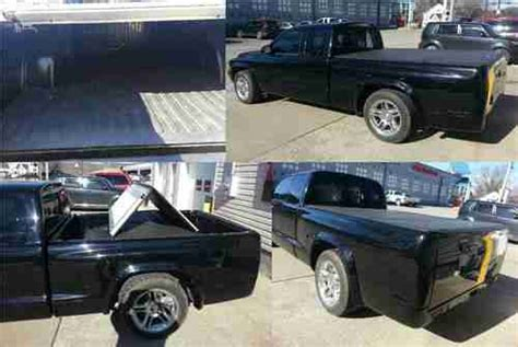 purchase   dodge dakota rt ci black pu cleanly shaved  miles  buckhannon west