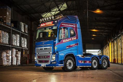 hauliers driver rates  volvo fh  light years