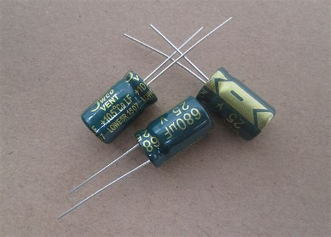 esr capacitor types low esr capacitor types 28 images 10pcs 1000uf 35v radial electrolytic capacitor 35v1000uf