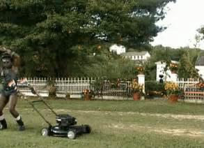 Landscaper Pride Landscaper Gif Dave Chappelle Lawnmower Gifs Say