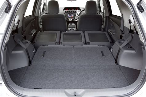 Prius Interior Space by Prius Cargo Room Pictures To Pin On Pinsdaddy