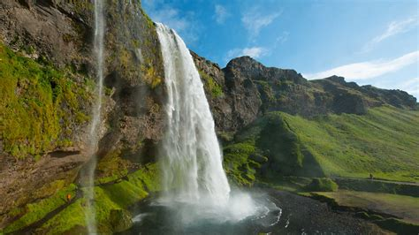 waterfall island seljalandsfoss waterfall south iceland travel guide
