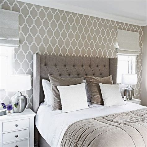 bedroom wallpaper designs 1000 ideas about grey bedrooms on pinterest gray