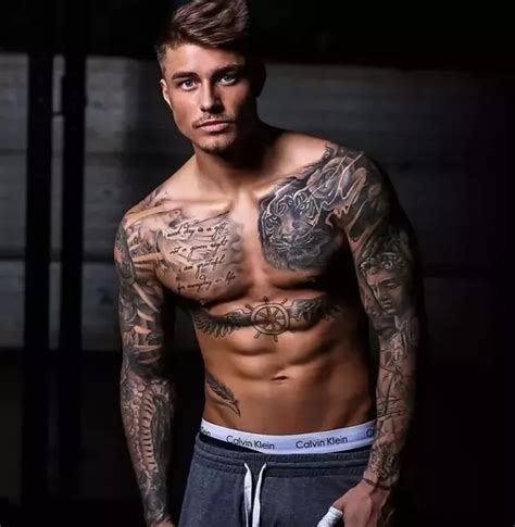 tattoos for muscular men do tattoos only look on muscular quora