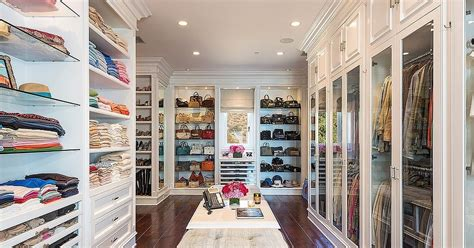 Big Wardrobe Luxury Walk In Closets
